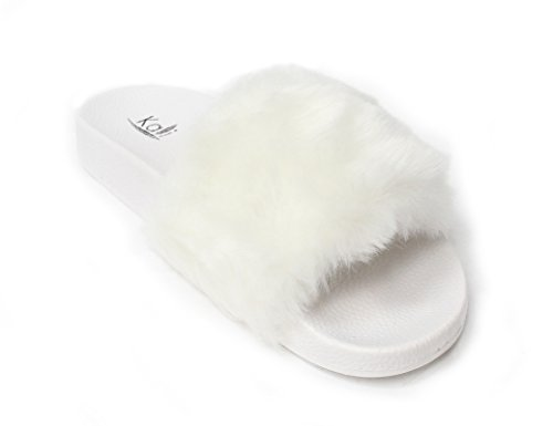 (Kali Footwear Women's Faux Fur Flip Flops,7 B(M) US,White)