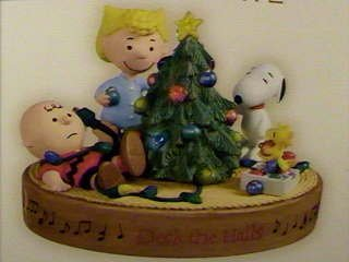 Hallmark 2006 Deck The Halls, Charlie Brown - ()