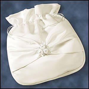 (Encore Enlaces Bridal Accessories Ivory Rosebud Bride Money Bag for Wedding Reception)