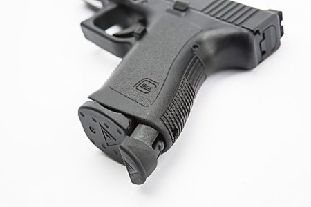 Tango Down Vickers Tactical Grip Plug Takedown Tool for Glock GEN 3 19, 17,  22, 23, 31, 34, 35 (GGT-01)