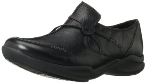 Clarks Women's Wave.Run Black Leather Loafer 8 D - Wide