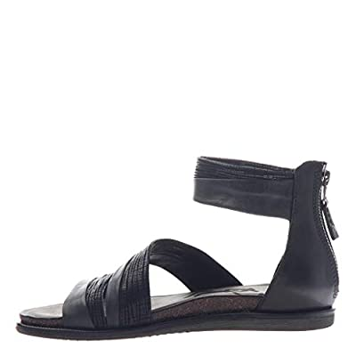 OTBT Women's Souvenir Flat Sandals | Flats