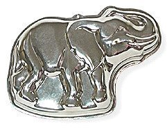 Elephant Cake Pan - 13 x 9 Inches by SCI Scandicrafts