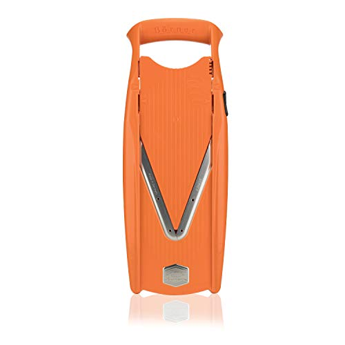- Borner V5 Plus Set straight from the manufacturer. Includes V5 Powerline Slicer,slicer Insert, 3,5mm and 7mm Blade Inserts,food Safety Holder,storage Box and Borner Combi-peeler (orange)