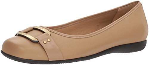 Trotters Women's Sizzle Ballet Flat, Taupe, 8.0 N US