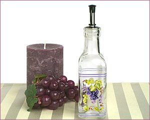 (Europa Collection Small Oil Bottle With Grapes Design C862 Quantity of 1 )