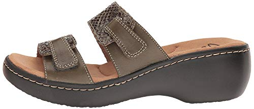 CLARKS Women's Delana Fenela Dress Sandal, Khaki Leather Combo, 9 M ()