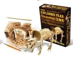 Feeling of fossil excavation that would immerse yourself unintentionally dinosaur fossil excavation [series] triceratops skeleton specimen excavation kit (japan import)