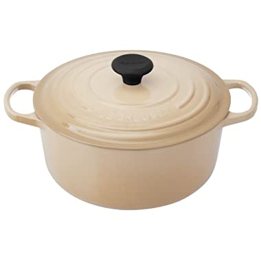Le Creuset Signature Enameled Cast-Iron 5-1/2-Quart Round French (Dutch) Oven, Dune