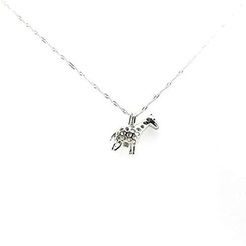 Giraffe Necklace with Love Pearl Gifts for Animal Lovers Pearl Oyster Necklace ()