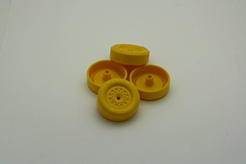 Pinewood Derby Speed Wheels - Derby Dust Black Op's - Yellow