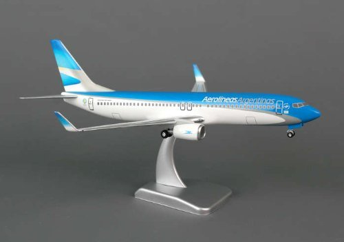 aerolineas-argentinas-737-800w-1200-with-gear-by-hogan-wings-collectible