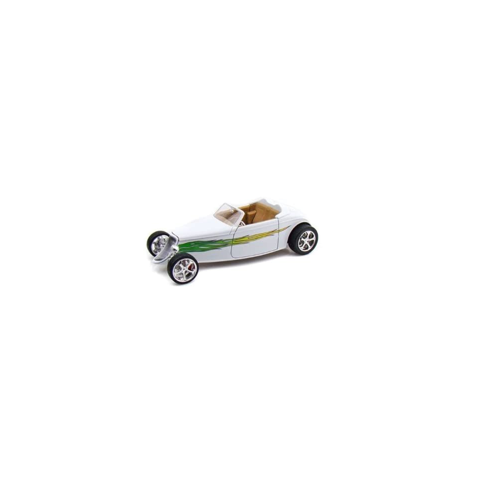 Yatming   Ford Convertible (1933, 118, White with Flames) diecast car model