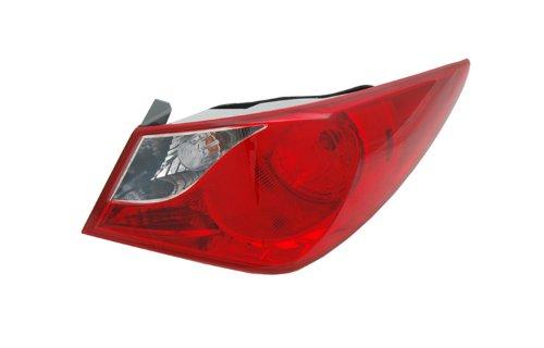 hyundai-sonata-passenger-side-replacement-tail-light