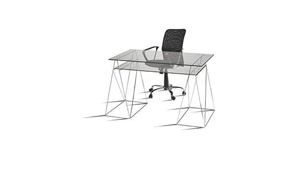 Conjunto de mesas y sillas de mesas de Estudio de diseñador ...