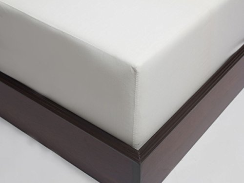 Union Hospitality 6 Fitted Sheet White T-250 Percale Hotel Linen (Available in Bulk/Dozens) ()