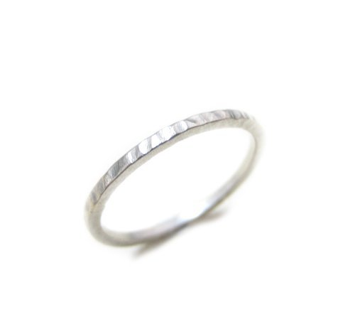 ZilverPassion Sterling Silver Hammered 1.5mm Thin Plain Band Stackable Ring, Polished Finish (Silver, 9) (Band Silver Polished Finish Plain)