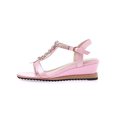 Allhqfashion Dames Open Teen Koe Lederen Kitten Hakken Stevige Sandalen Met Metalen Ornament Roze