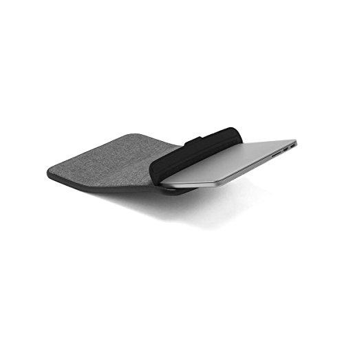 incase-icon-sleeve-with-tensaerlite-for-macbook-pro-retina-15-heather-gray-black