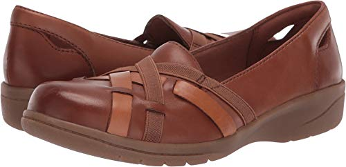 CLARKS Women's Cheyn Creek Loafer, Mahogany/tan Leather Combi, 085 M ()