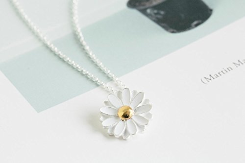 Spring Daisy White Silver Color Flower Charm Pendant Statements Necklace For Women Girls Teens (Pendant Daisy Light)