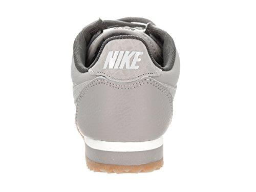 Nike Femmes Classique Cortez Cuir Lux Mat Argent / Mat Argent / Voile Casual Chaussure 6 Femmes Us