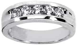 0.60 ct Men's Round Cut Diamond Wedding Band In Channel Setting in 14 kt White Gold