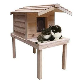 CozyCatFurniture Waterproof Insulated Cedar Outdoor Cat House for Winter and Summer