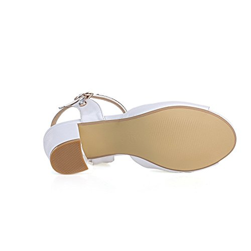 AgooLar White Kitten Toe Women's Buckle Peep Material Heels Soft Solid Sandals FqfBxOrwFA