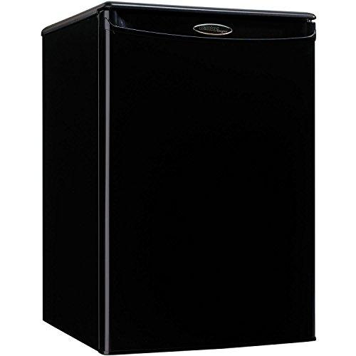 2.6 compact refrigerators