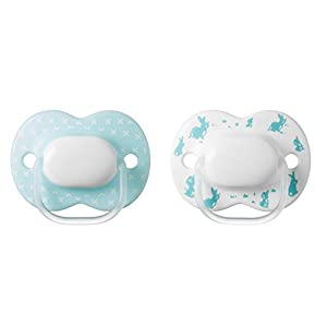 Tommee Tippee Little London Pacifier, BPA-Free, Bottle Shapped Nipple, 0-6 Months, 2 Count (Colors May Vary)