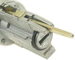 Well Auto Ignition Lock Cylinder Tumbler with Key for 98-02 Corolla CE,VE 98 Paseo 98-00 Rav4 98-99 Tercel CE