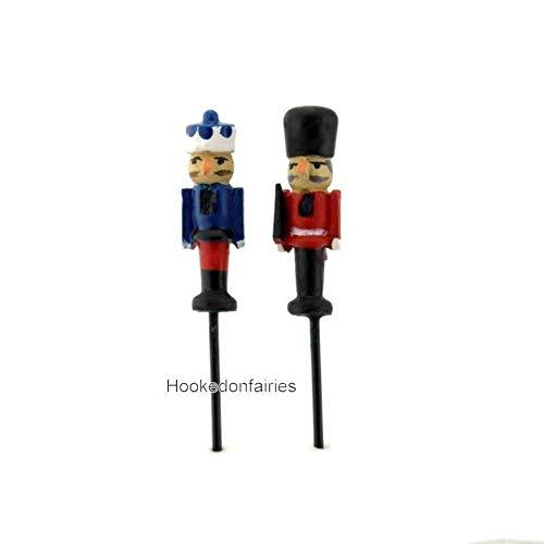 (Nutcracker Set of 2 Assorted Micro Mini GO 17531 Miniature Fairy Garden)