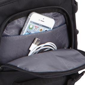 Front storage pocket of the Case Logic DSM-101 Luminosity Small DSLR Messenger Bag