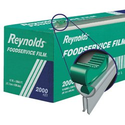 Reynolds 914SC PVC Foodservice Wrap Film with Slide Cutter 2000' Length x 18