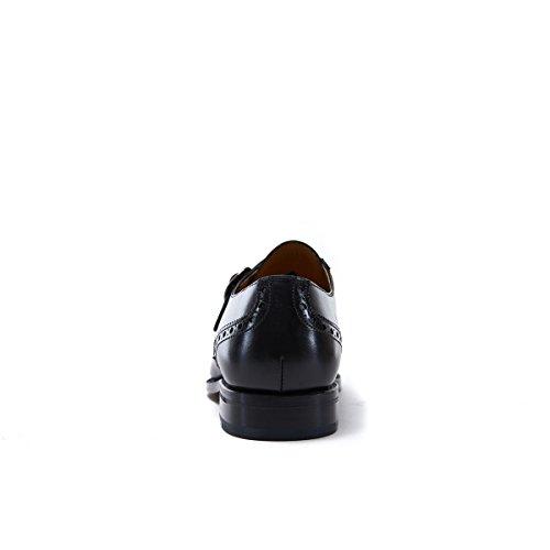 British Passport Scarpa con Doppia Fibbia con Decorazione Wing Cap di Colore Nero. Wing Cap Monk Strap Black Goodyear. Uomo.