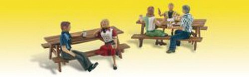 Outdoor Dining (5 Figures & 2 Picnic Tables) HO Scale Woodland Scenics