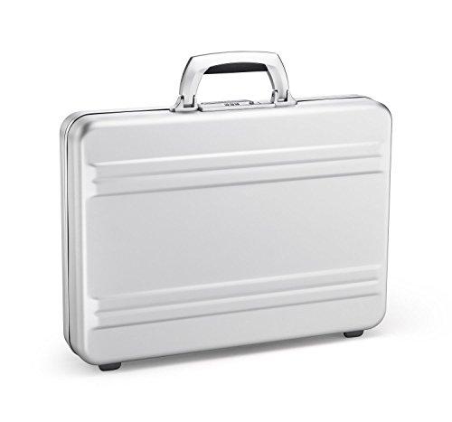 (Zero Halliburton Slimline Aluminum Attache Case in Silver)