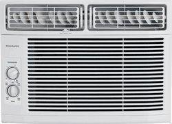 Frigidaire FFRA1211R1 12000 BTU 115-volt Window-Mounted Comp