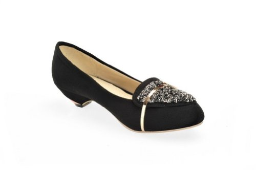 VogueZone009 Womens Closed Round Toe Low Heel Solid Pumps whith Glass Diamond and Metalornament Black pTAi5F0RxT