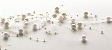 Sullivans Cream and Ivory Pearl Beaded Garland 5 ()