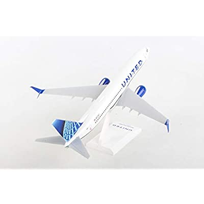 Daron SkyMarks United 737-800 2020 New Livery 1/130: Toys & Games