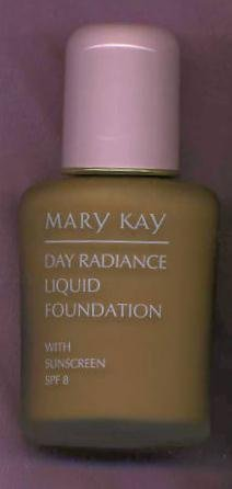 (Mary Kay Day Radiance Liquid Foundation ~ Cocoa Beige)