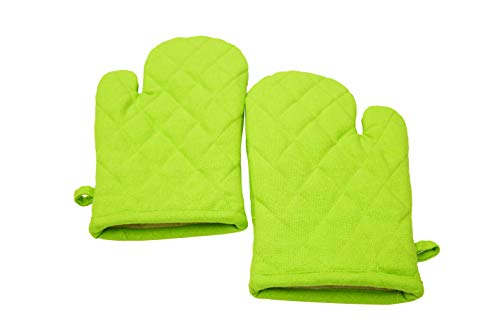 Oven Mitts, Set Of 2, 100% Cotton Of Size 7 X 12 Inches, Premium Heat Resistant Kitchen Gloves, Cotton Fabric Quilted, Green, Heat Resistant For Everyday Kitchen Cooking And Baking. ()