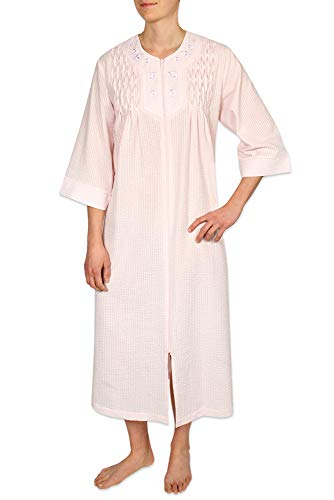 Miss Elaine Petite Size Women's Long Seersucker Zipper Robe, with 3/4 Sleeves, and Two Inset Side Pockets -