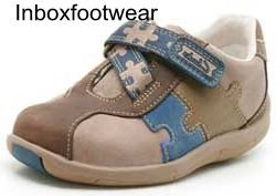 f0d0ec8523bcf Image Unavailable. Image not available for. Colour: Boys Clarks Plane  Puzzle Leather Brown Combi First Shoes ...