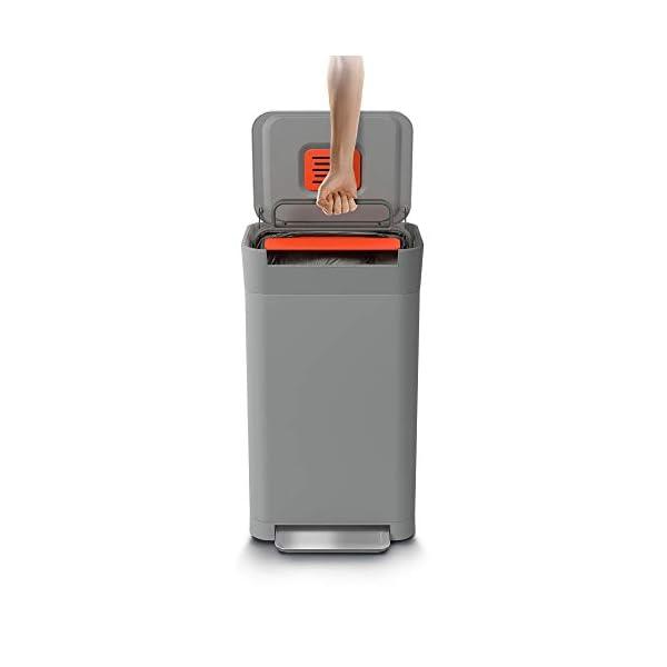Joseph-Joseph-Titan-Trash-Compactor-Acciaio-Inox-Pebble-30l