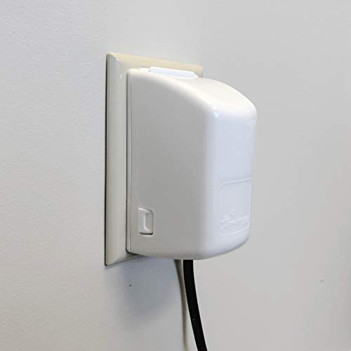 (Dreambaby Dual Fit Plug and Electrical 2-Piece Outlet Cover)
