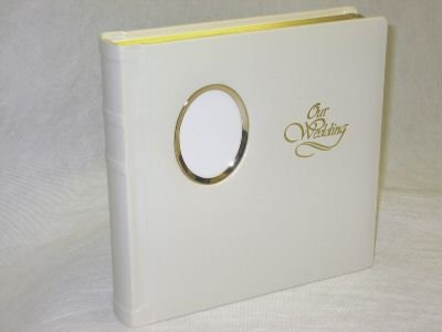 Professional 10x10 Ivory Oval Cameo Window Wedding Photo Album with 30 Mats