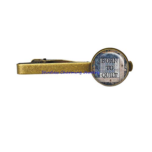 (Born to Quilt Tie Clip, Quilting Tie Pin, quilter's Gift, Quilt Lover Gift, Quilt Jewelry Quilting Charm Quilting Tie Clip quilter's jewelry-JP408 (C2))